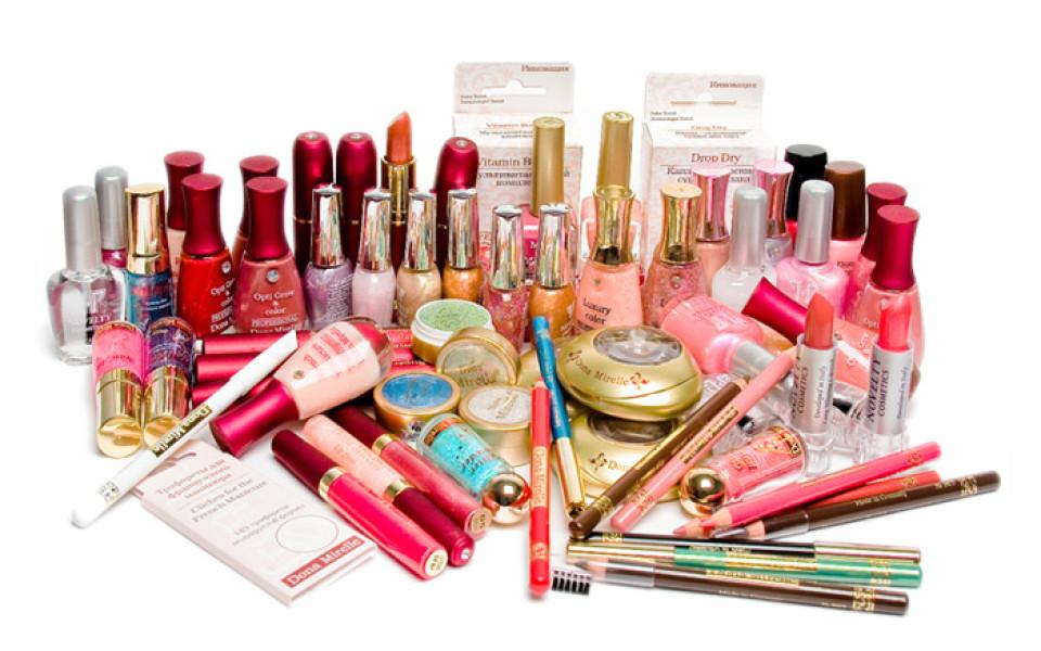 http://potomuchto.net/wp-content/uploads/2016/02/kosmetika-po-uhodu-za-telom-4-960x600_c.jpg