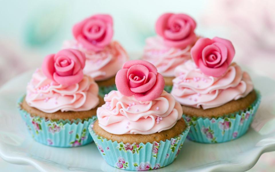 http://potomuchto.net/wp-content/uploads/2016/06/cupcake-960x600_c.jpg
